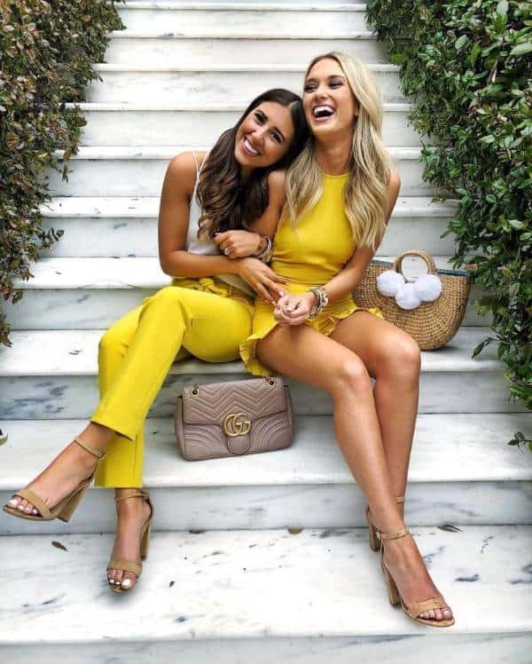 The yellow matching look to try on girls' date  - 13 casually stunning outfits for the next date night out - TodayWeDate.com