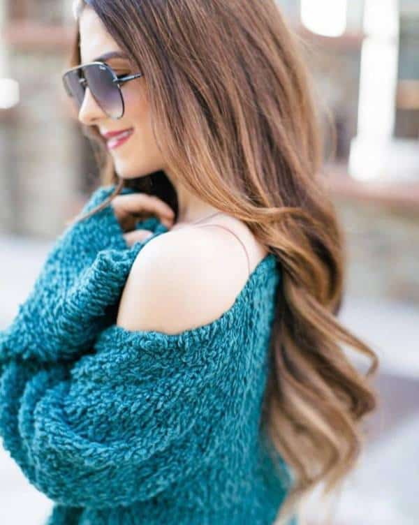 An off-shoulder pullover  - 13 casually stunning outfits for the next date night out - TodayWeDate.com