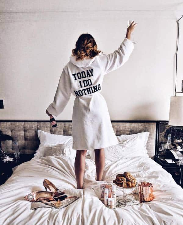 "The ""Today-I-Do-Nothing"" robe for date night home  - 13 casually stunning outfits for the next date night out - TodayWeDate.com"
