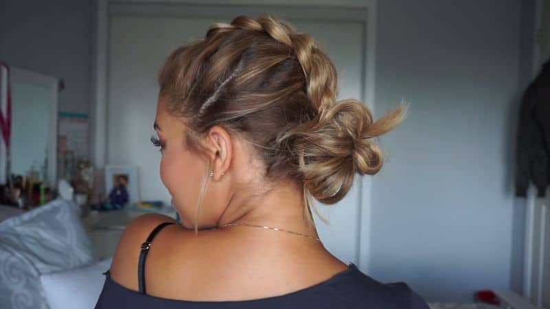 Super Easy Shoulder Length Hairstyles That Will Make Your