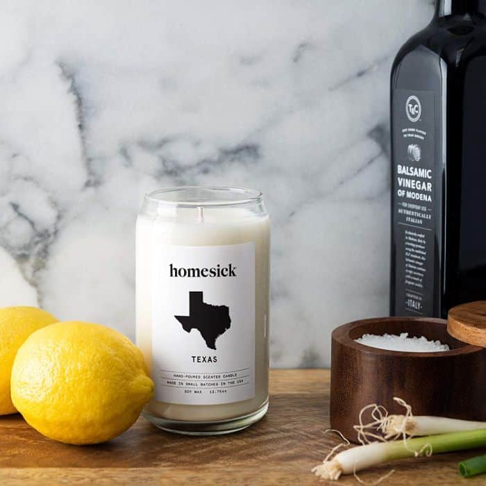 Homesick candle _ send him the scent that reminds him of home _ 42 thoughtful gift ideas for your long distance boyfriend _ TodayWeDate.com