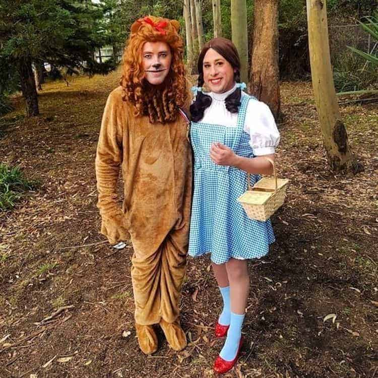 Halloween 2019 Costume Ideas Couples.49 Best Halloween Couple Costumes From Cute To Straight Up Scary