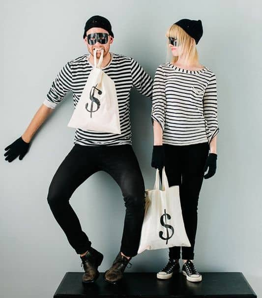 Do It Yourself Halloween Costumes For Couples.63 Best Halloween Couple Costumes From Cute To Scary 2021