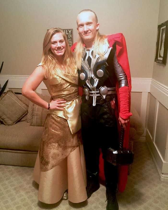 Matching-Avengers-costume-ideas-for-couples-and-friends-todaywedate.com-14