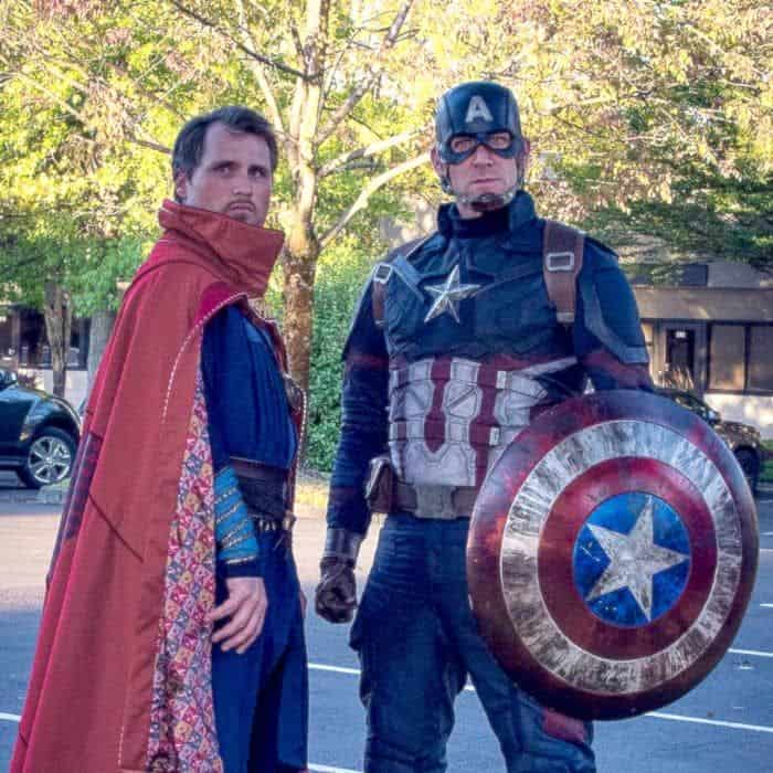 Matching-Avengers-costume-ideas-for-couples-and-friends-todaywedate.com-2