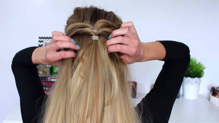 An-Elegant-no-braid-half-up-half-down-hairstyle​-3