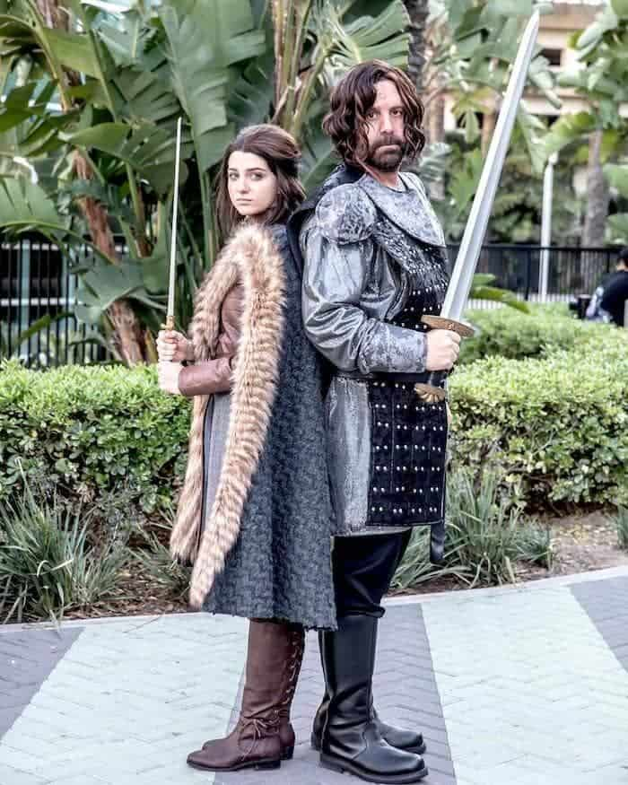 Game-Of-Thrones-Halloween-Costumes-For-Couples-TodayWeDate.com-1
