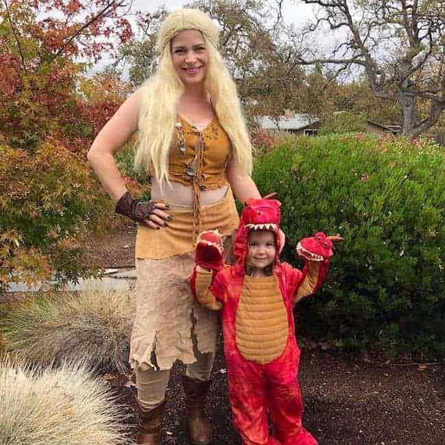 Unexpected-Game-Of-Thrones-Ideas-To-Surprise-Everyone-This-Halloween-TodayWeDate.com-2